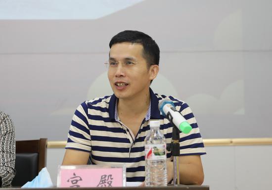 广西建工大都租赁有限公司劳资处副处长宫殿讲话