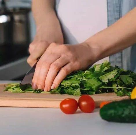 """吃蔬菜有个""""321模式"""" 膳食指南也未必会说这么细"""