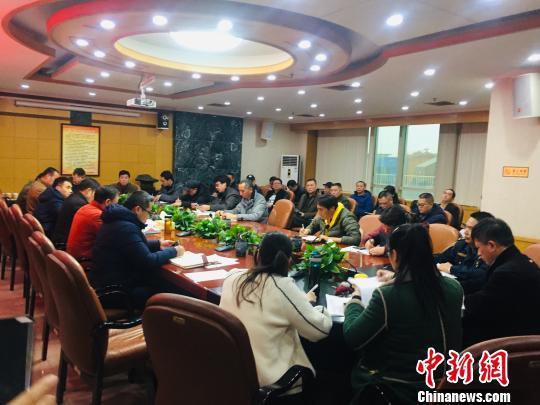 广西柳州出租车整治动真格 5名司机被列入黑名单