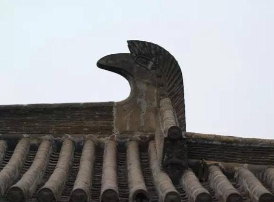 如今的南禅寺鸱尾。 爱塔传奇 图