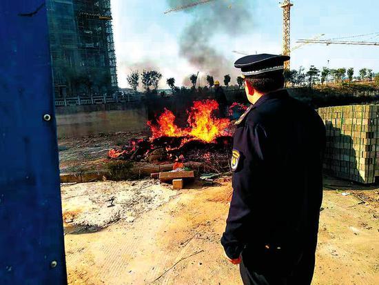 """南宁:工地拒不整改将被列入""""征信黑名单"""""""