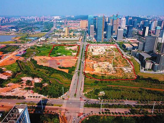 2023年青运会运动员村项目用地两地块(红框处)分别位于体强路以东、庆歌路南北两侧