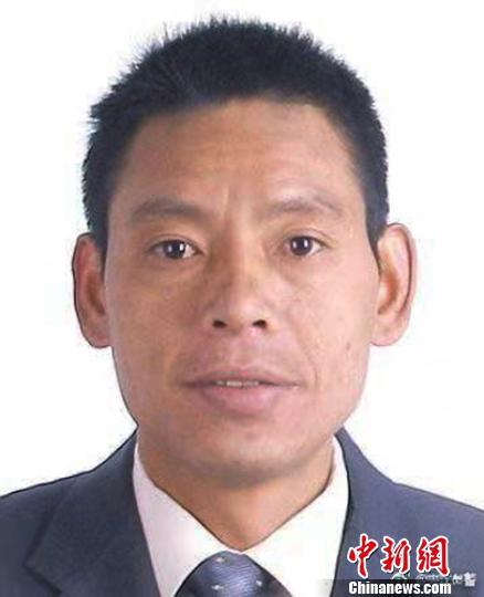 有重大作案嫌疑的卢仕兵。 夹江警方提供 摄