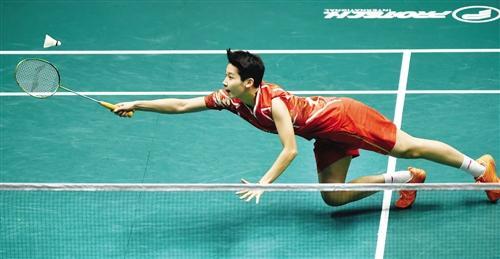 ▲陈晓欣在比赛中回球。