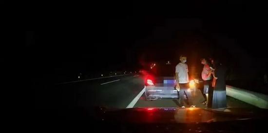 团伙租豪车在广西高速公路碰瓷30起 这些情况别私了