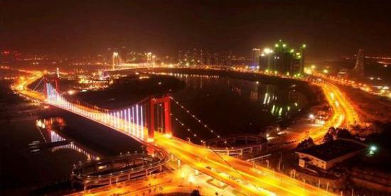 南宁良庆大桥