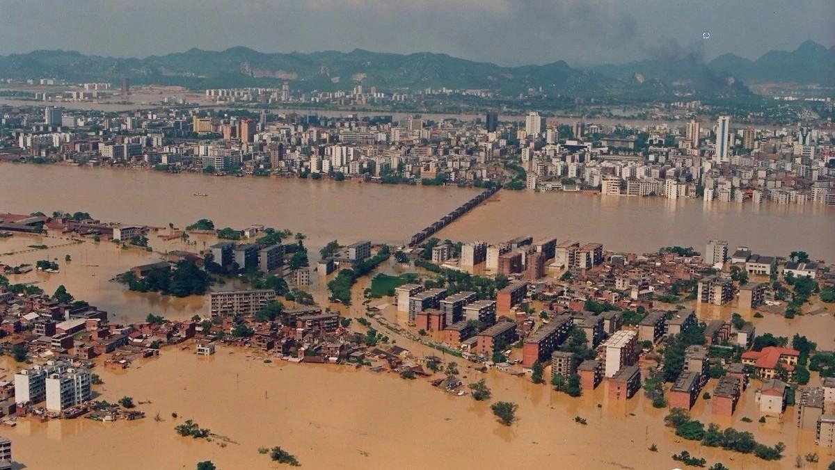 这些老照片带你回顾22年的一段洪水记忆!事发柳州