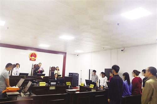 南宁某药业公司拖欠员工工资 10名员工将其告上法庭