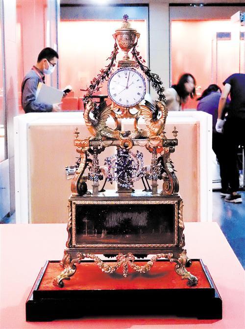 乾隆皇帝——故宫博物院文物特展在南宁开箱布展