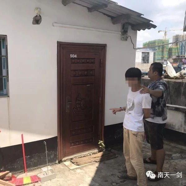 柳州:知对方男友不在家 男子半夜爬窗入室猥亵女邻居