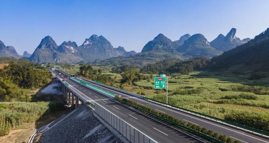 新添高效便捷出行通道 融水至河池高速公路建成通车!