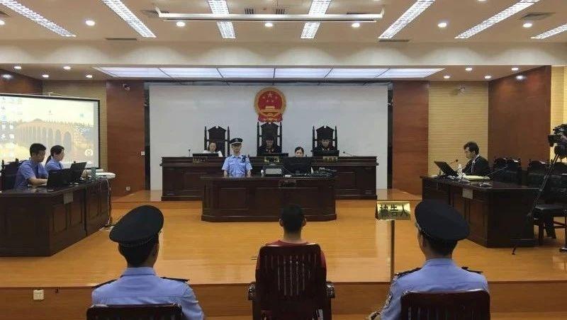 南宁永和桥聚众斗殴案 涉案第一批5名嫌犯出庭受审