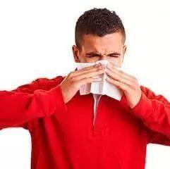 天气变凉 过敏性鼻炎应该如何预防?记住这7点