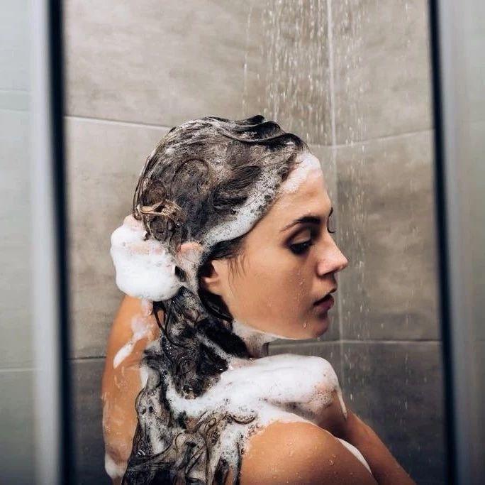 每个头发没干透就睡的人 都要承受这5种后果