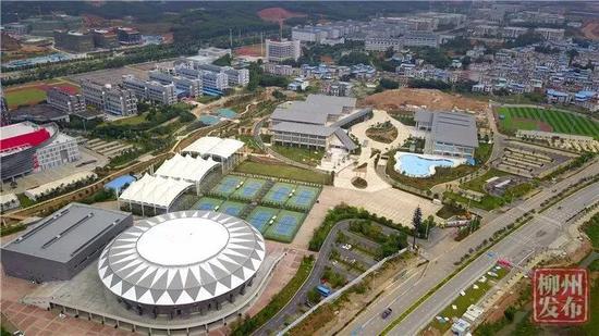 柳东体育中心全景