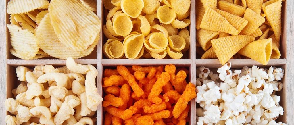 国人一年吃掉2万亿零食 营养专家眼中的好零食长这样