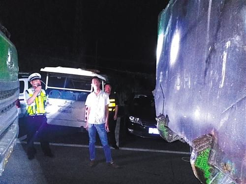 南宁江南区13辆泥头车因撒漏等违规行为被处罚