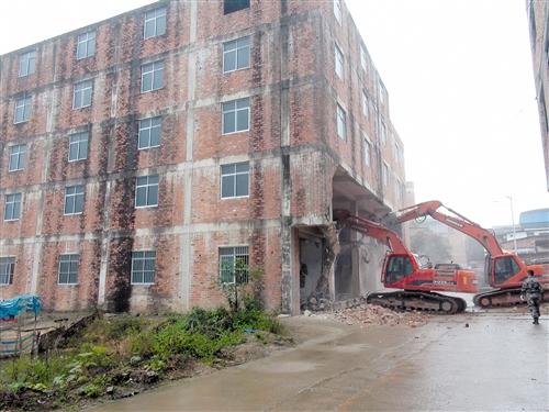 南宁高新区6处违建被拆 清理违法占地面积3122㎡