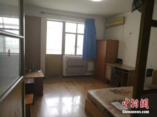 2018年7月,北京西城区一套90年代、40多平米的房子,月租金5500元左右。邱宇 摄