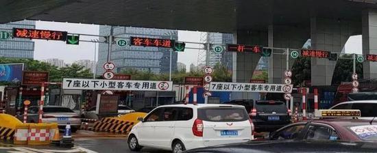 去往南宁吴圩机场的这条路22天内免费 过节不怕堵了