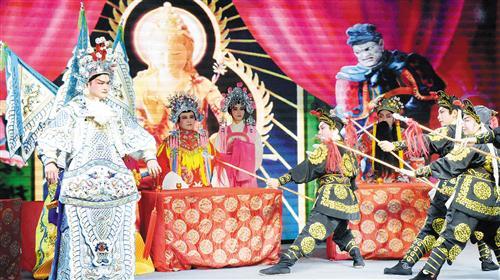粤剧《赵子龙保主过江》剧中角色精彩演绎,让在场观众大呼过瘾。记者陈媚摄
