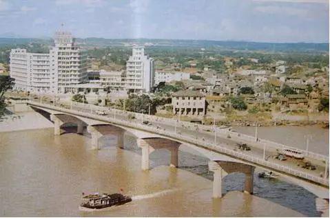 已服役了54年的邕江一桥