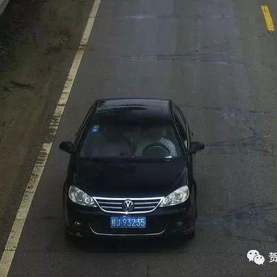 曝光行车陋习!开车不系安全带还干别的事?必须罚