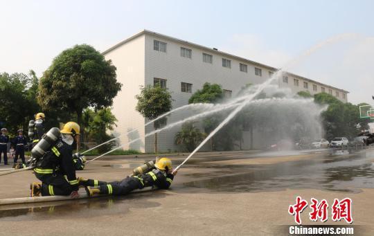 帅!广西220名新招录消防员正式开展入职集训