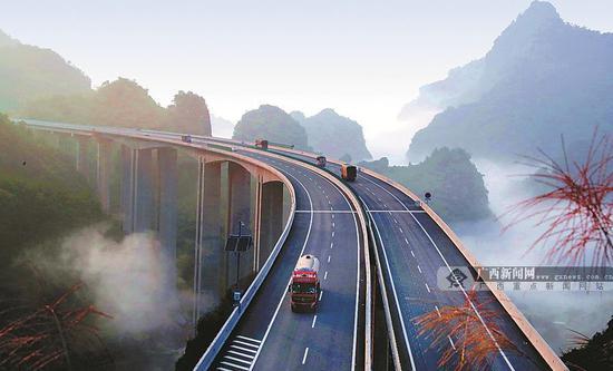 广西将新建一条高速公路 双向4车道设计速度100km/h