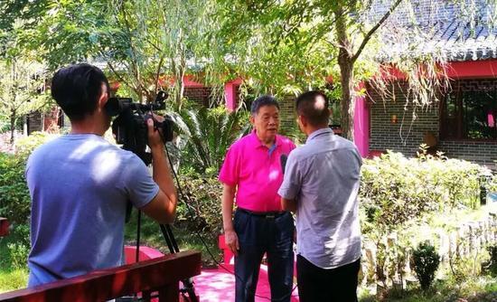 ▲中国视协电视纪录片学术委员会名誉主任 刘效礼