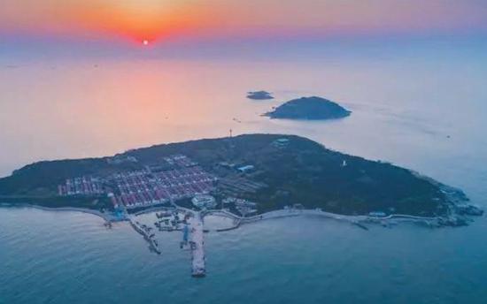 ▲竹岔岛目前居民仅有30余人,竹岔岛小学现在是薛家岛小学的一个教学点。受访者供图