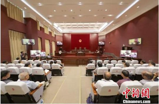 广西柳州市民状告政府不履行信息公开 官方回应彻查