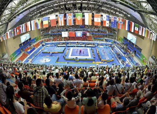 去广西体育中心可以观看各大赛事