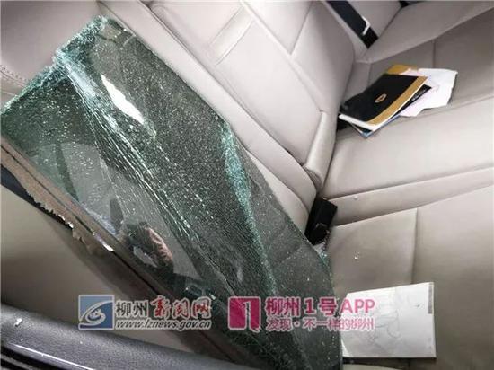 被盗车内有明显被翻过的痕迹