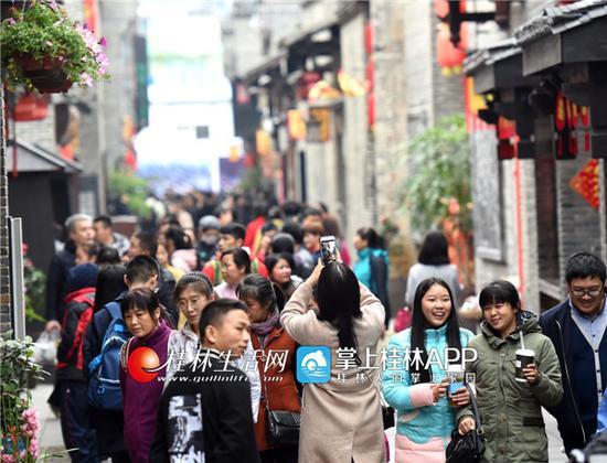 老景点受追捧 新景点人气高 狗年桂林旅游开门旺