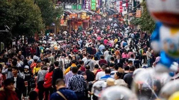 春节桂林旅游持续火爆 多个景区游客接待量已达上限