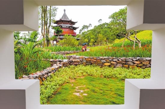 """南宁园""""邕""""字景墙吸引游客打卡 感受邕城文化底蕴"""