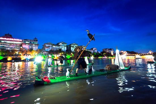 桂湖渔火表演