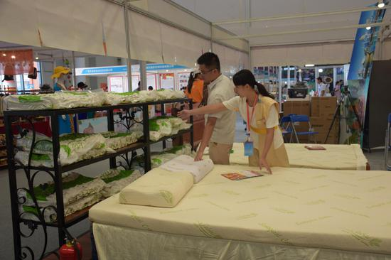 乳胶枕、乳胶床垫