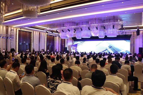 广西电信首届互联网+合作伙伴大会在柳州召开