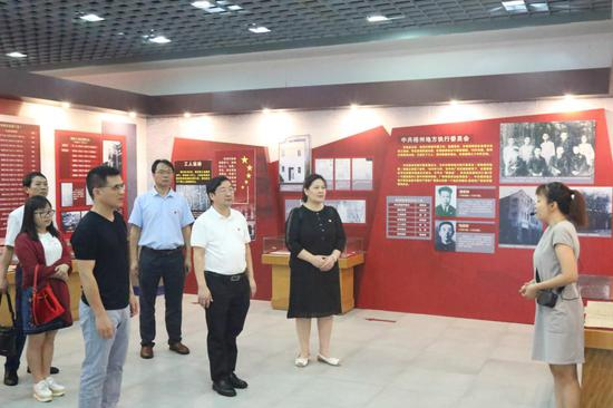 来宾市教育体育局行政党支部参观广西特委旧址陈列馆