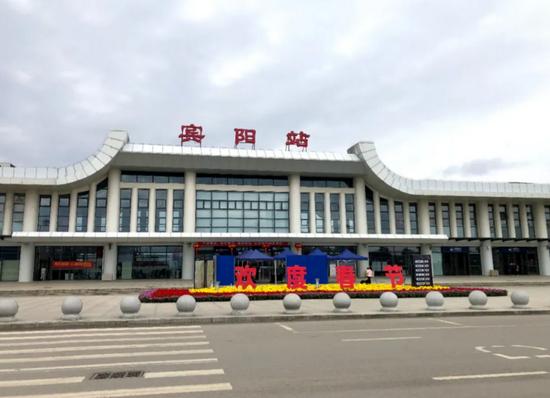 ▲站改前的宾阳站