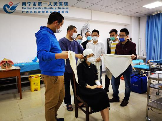 临床能力训练中心为青秀分院开展急诊急救技能培训