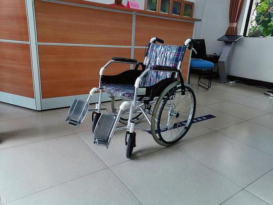 乘电动轮椅禁入南湖公园?园方:可免费租手摇轮椅入园