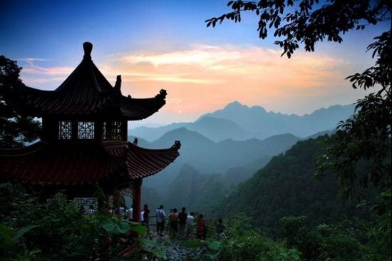 桂平西山风景秀丽