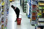 柳州一小偷超市作案被抓现行 辩称人非圣贤