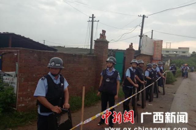 飓风行动!广西鹿寨县雷霆拆除违建5000多平方米