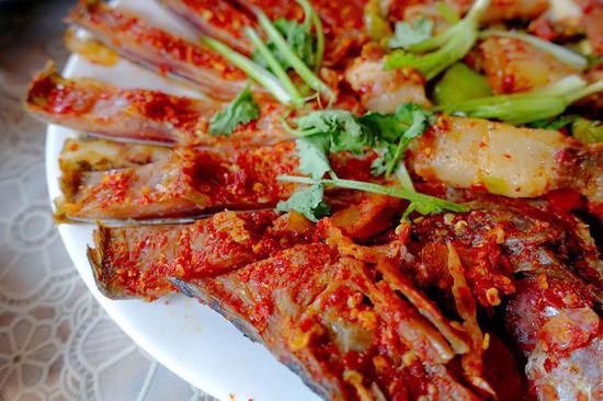 腌鱼腌肉 摄影:鸢尾