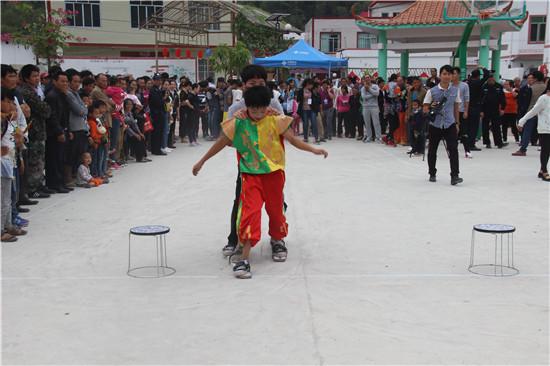 马山县加方乡扁担文化节将于12日开幕