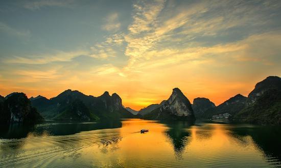 广西这些湖泊小众却美翻了 是你避暑拍美照的好去处